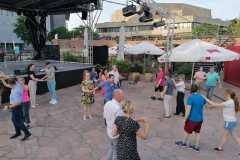 21-Salsakurs-mit-Baileo-open-air