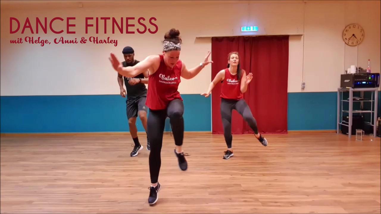 Dancefit-live-2_Moment2-schrift