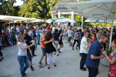 Baileo Salsasommer am Musikpavillon